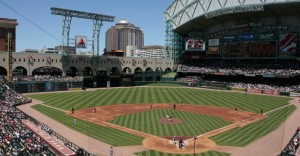Houstons-Minute-Maid-Park-1-of-Things-to-Do-and-Places-to-See-in-Houston-Texas-720x375